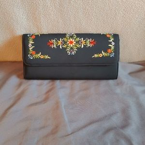 Beautiful Embroidered Clutch Navy Blue w/Floral